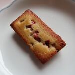 メゾン ド フルージュ - 苺とピスタチオのフィナンシェ