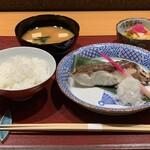 居酒屋 たぬき - [ランチ]真鯛の塩麹漬け定食