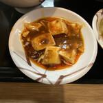 餃子酒場 - ミニ麻婆豆腐がこんなに少ないとは・・