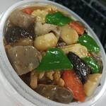 中国料理 萬里 - お肉も野菜もたっぷり