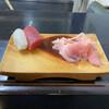 すきやばし次郎 - 料理写真:先ず赤身とイカ