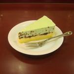 カフェ・ベローチェ - チョコミントケーキです。
