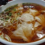 中華四川料理 天山 - ワンタン麺