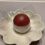 茶遊菓楽 諏訪園 - 料理写真:プレミアムいちご大福(帽子をかぶっているみたい)