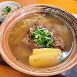 介そば - 料理写真:ソーキそば + 麺大盛