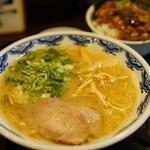 144482142 - らぁめん (¥750)、チャーシューあんかけご飯 (+¥200)
