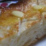 サルドゥバン - 食パン