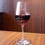 焼肉うしごろ - ☆グラスの赤ワイン(^o^)丿☆