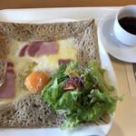 ルコネッサン - 料理写真:ガレット(コーヒー付)=700円 税込