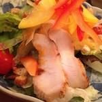 ハーツカフェ - グリルチキンのサラダ