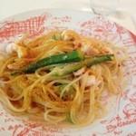 セラン - 小エビとオクラペペロンチーノスパゲティ シチリア産のカラスミ