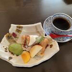 鞠屋 - あずきとカシューナッツシフォン&抹茶アイス‼︎