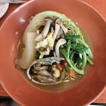ビストロ プティル - アワビと野菜のお料理