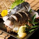 和牛もつ鍋と博多炊き餃子 九州に惚れちょるばい -