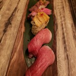 96 NIKUHOLIC - 万葉牛、本マグロの寿司