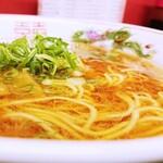 中華そば 駒 - このスープに魅了されてしまう