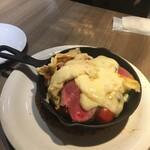 Cheese Meets Meat - ローストビーフのラクレットチーズ