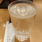 一軒め酒場 - 黒霧島(お湯割り)