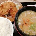かつや - 料理写真:ヒレカツセット 715円 ヒレカツ2個ととん汁(大)のセットです。