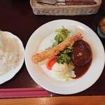 レストランにし川 - 料理写真:エビ&バーグ(140g)
