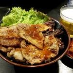 焼肉丼 たどん - スペシャル丼:950円