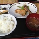 美美庵 - 魚の味噌漬け定食(850円)