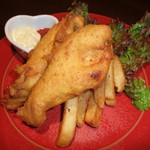アクアヴィテ - 料理写真:フィッシュアンドチップス