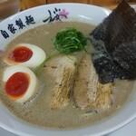 麺屋 桜息吹 - 味玉豚骨ラーメン