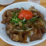 麺屋 桜息吹 - 月見ホルモン丼