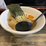 奨 - 料理写真:らーめん(太)¥800 味玉¥100