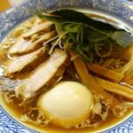 144626919 - 背脂の浮くスープ