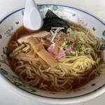 お食事処 栄利 - 料理写真:醤油ラーメン