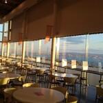 Roiyaru - レストラン内ではなく、イートインスペース