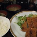 八十八 - ハーフチキンカツ定食600円
