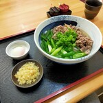麺匠 くすがみ - 料理写真:ねぎねぎ肉うどん