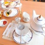 フェアリーカフェ - アフタヌーンティーセット 1,575円