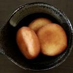 札幌スープカレー専門店エスパーイトウ - カマンベール入りチーズいももち3個盛り