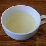 Shirakabekurabu - スープ