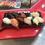 立喰 さくら寿司 - すると、これが400円相当ww