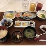日本料理 瀬戸内 - 和朝食