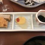 日本料理 瀬戸内 - じゃこ天 広島県産湯来の刺身蒟蒻 青海苔若布