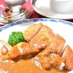 奥琵琶湖マキノ グランドパークホテル レストラン竹生 - ホテル特性カツカレーセット