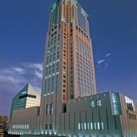 春蘭門 - 阪急梅田駅すぐそばにたたずむホテル阪急インターナショナル2階にございます