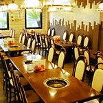 焼肉レストラン ソウル - 1Fは結構広いです。