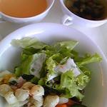 ルコネッサン - スープ2種、サラダ、ピクルス、マカロニサラダ