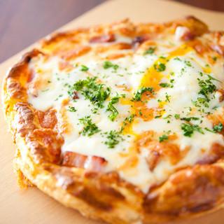 さっくり食感が自慢『パイッツァ』