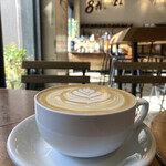 144711966 - たっぷ、り、のカフェラテ。