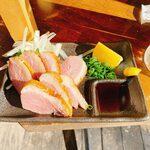 立呑み二郎 - 燻製合鴨炙り
