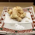 そばがみ - 小海老揚げ お塩でいただきましたが、揚げたてはプリっとして美味しいです。
