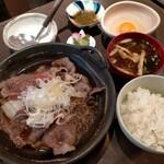 Orenokappou - 黒毛和牛すき焼き定食1480円